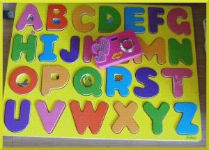 L'alphabet puzzle Vilac et l'appareil photo Vanille.