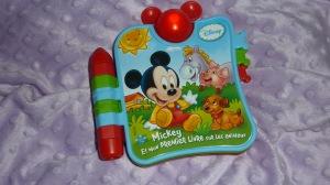 Mickey et les animaux en chansons.