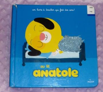 Anatole au lit!