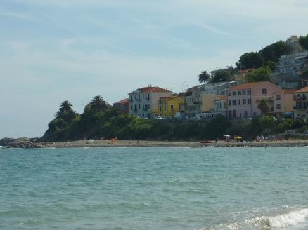 Plage à Arma di Taggia, à côté de San Remo.