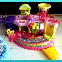 Les jouets préférés de Puce #7 - Le garage Tut Tut Bolides.