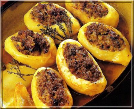 Pommes de terre farcies.