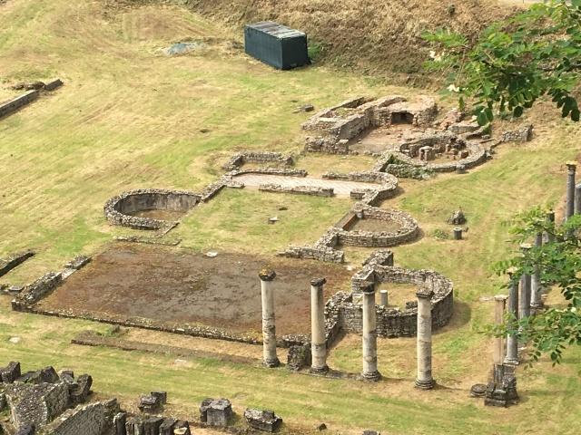 ruines_volterra_vuedenhaut.JPG